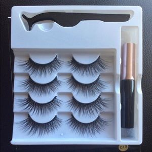 Other - Magnetic lashes 4 pairs with liner and tweezer
